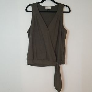 Like New Olive/Khaki Surplice Top w/Tie Waist